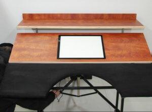 שולחן אור לסופר סתם